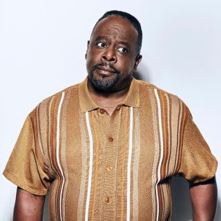 Cedric The Entertainer as Miniard Mullins